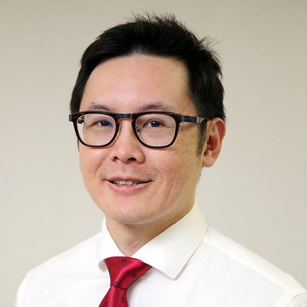 Dr Kenneth Oo